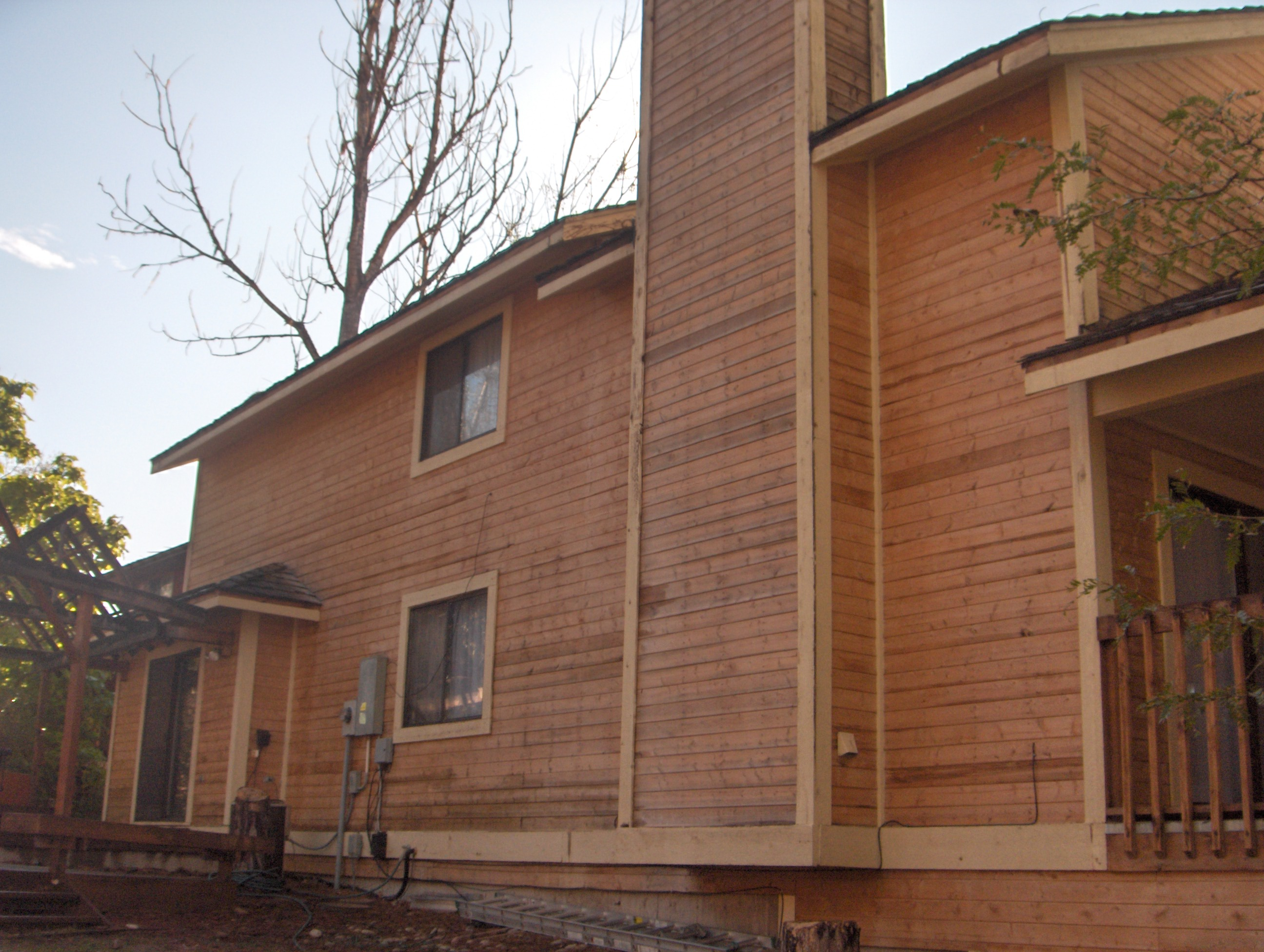 Cleaning Cedar Siding in Littleton Colorado