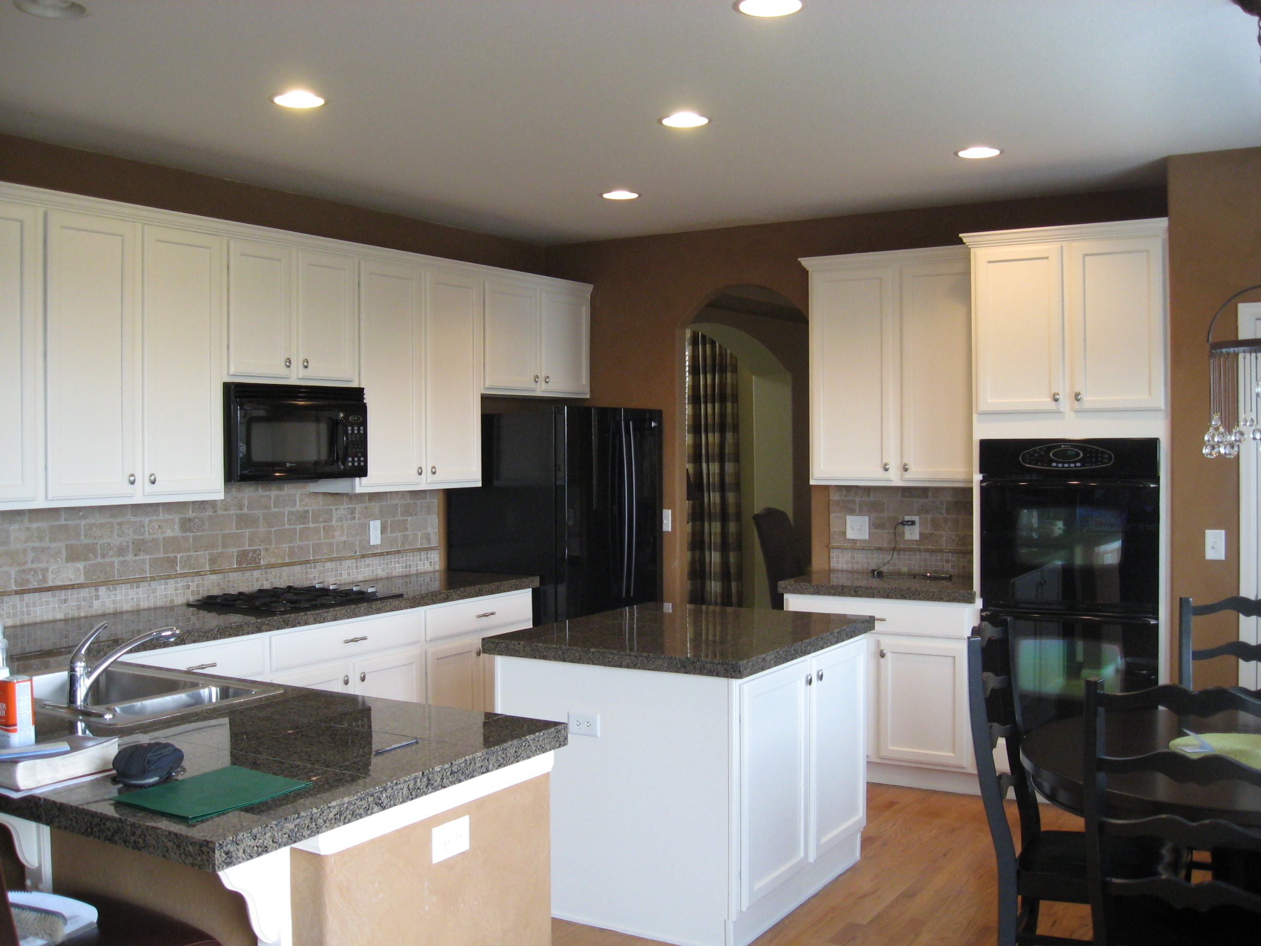 can we paint kitchen cabinets 7 ways increasing home values eco paint inc 13210